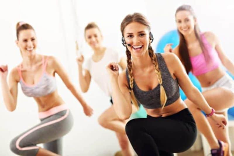 Bài tập aerobic giật bụng - Bài tập leo cầu thang