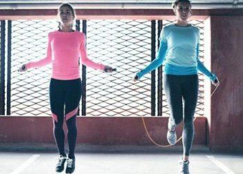 Nhảy dây là 1 loại hình aerobic giúp giảm mỡ ở bắp chân