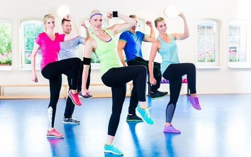 Leo cầu thang - Bài tập aerobic tổng hợp nhằm vào bắp chân