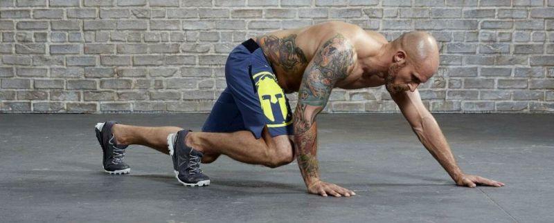 Bear Crawls - Bài tập aerobic có tác dụng giảm mỡ bụng