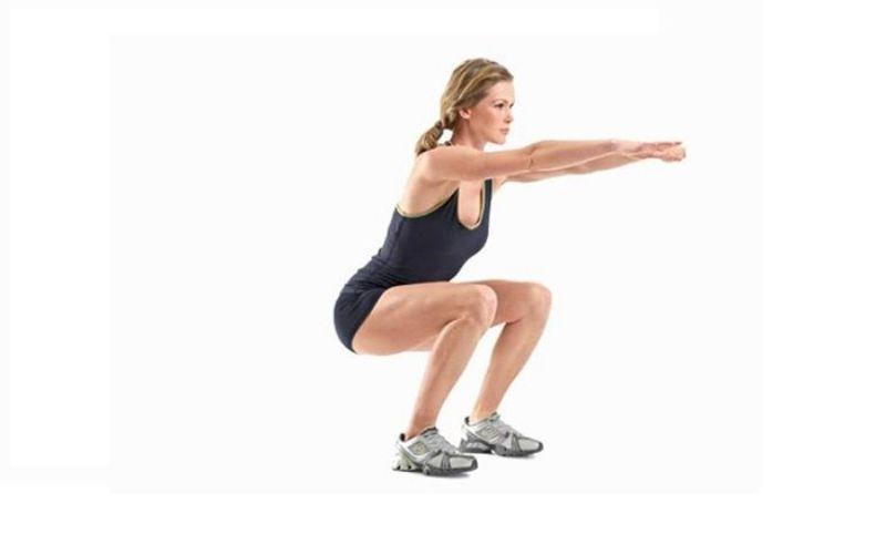 Squat Jump còn được biết đến với tên gọi là nhảy tại chỗ