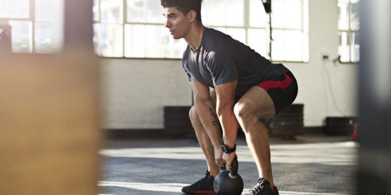 Squat sẽ mang lại cho bạn những lợi ích vô cùng to lớn