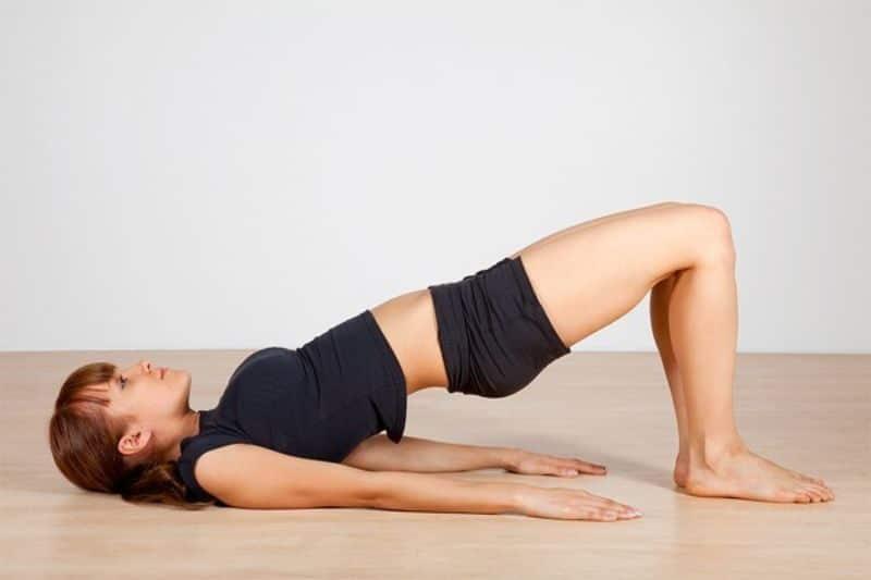 """Bài tập yoga """"số 2"""" chữa thoái hóa đốt sống cổ"""