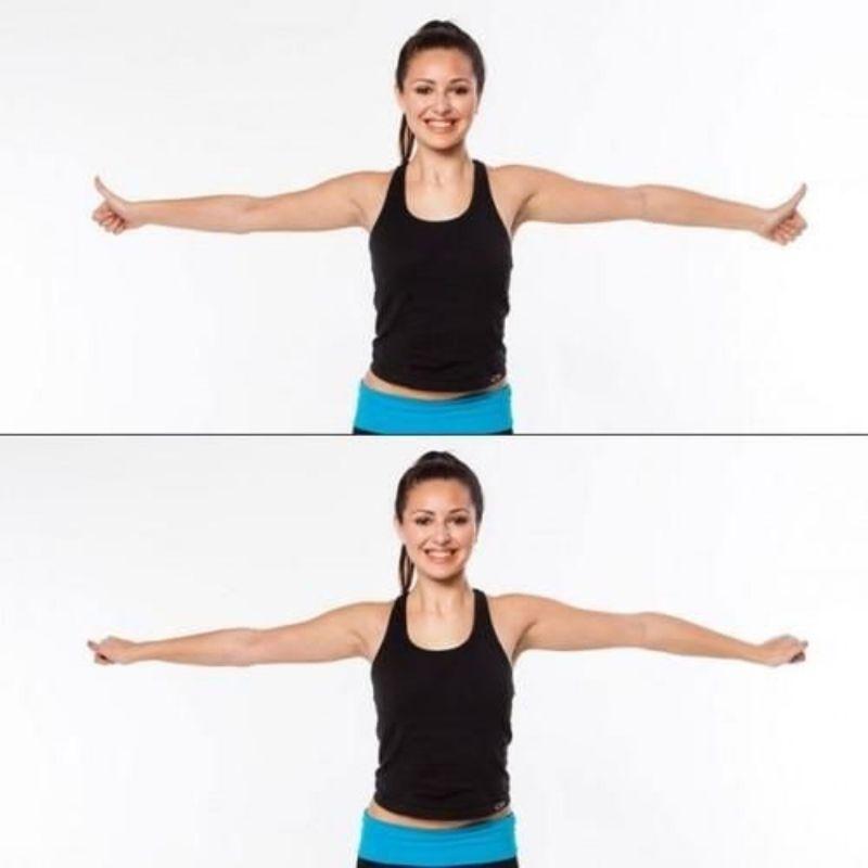 """""""Vỗ cánh"""" là một trong những bài tập giúp thúc đẩy sự hoạt động của cơ tay một cách mạnh mẽ"""