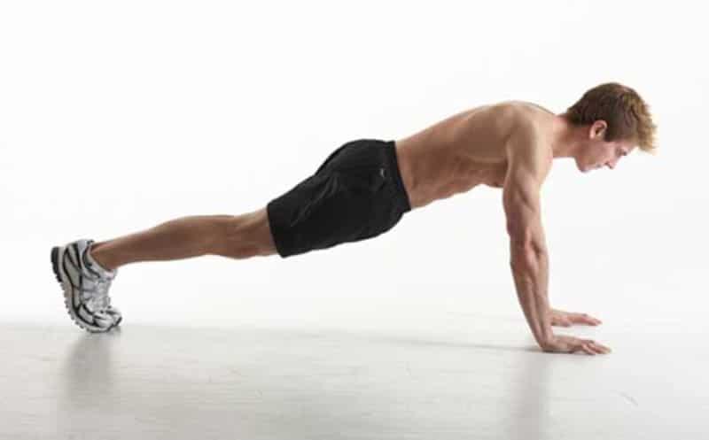 Bài tập giảm mỡ bụng cho nam bằng động tác Plank