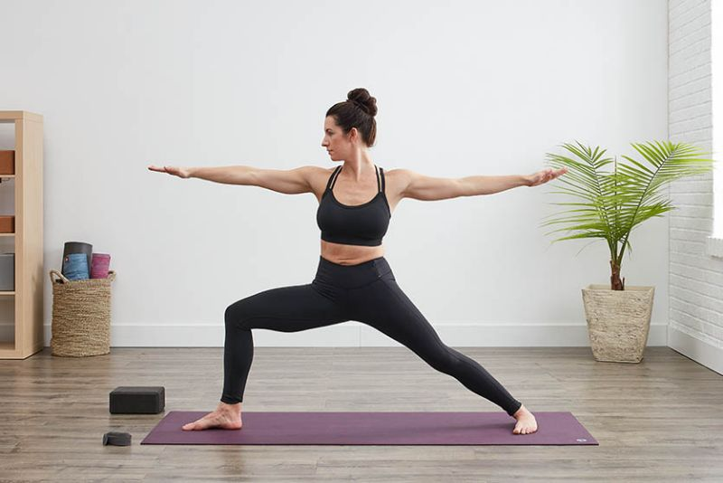 Child Pose là bài tập được áp dụng để kết thúc quá trình khởi động của Yoga