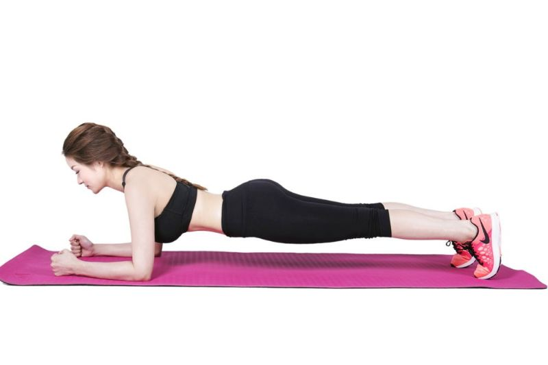 Bài tập Plank giúp vòng 3 căng tròn