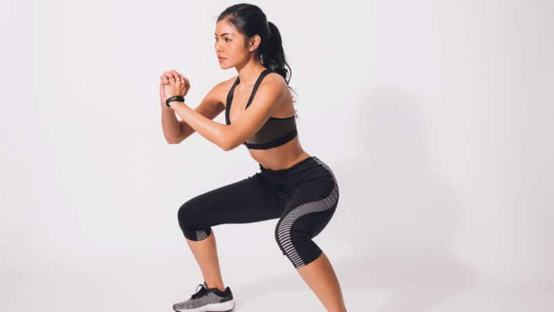 Bài tập giúp mông căng tròn Squat