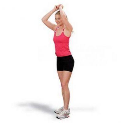 Xoay eo là bài tập Aerobic giảm mỡ bụng toàn thân được rất nhiều người áp dụng