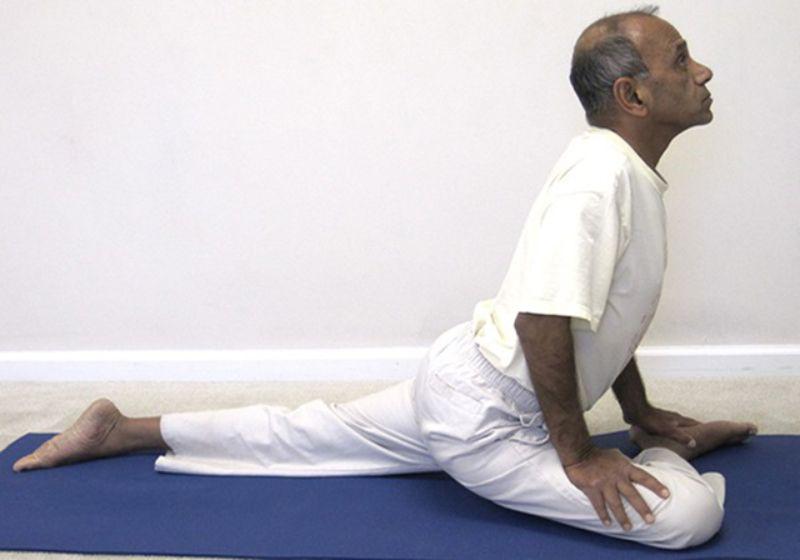 Bài tập yoga chim bồ câu giúp kích thích lưu thông máu đến vùng hông và lưng