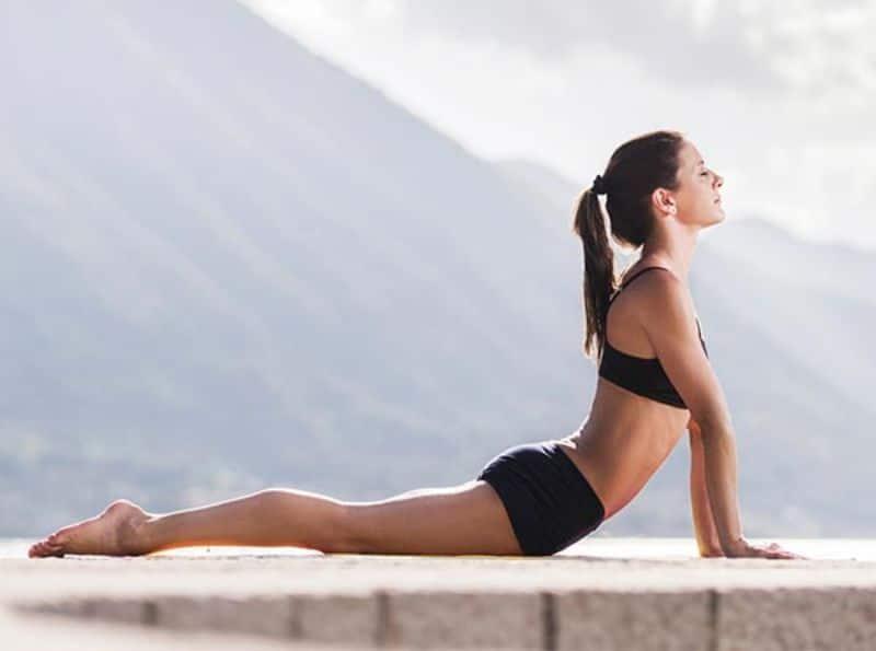 Bài tập rắn hổ mang không chỉ giúp giảm cân mà còn rất tốt cho hệ xương khớp