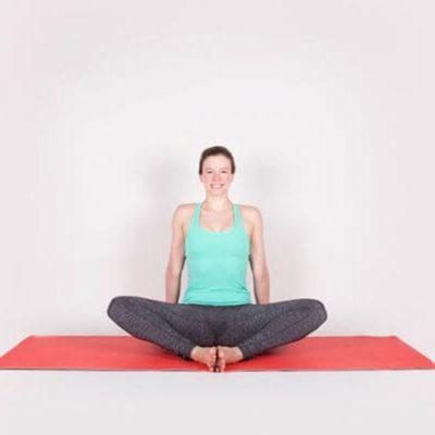 12 bài tập Yoga tại nhà từ cơ bản đến nâng cao