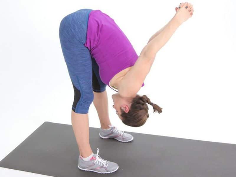 Bài tập kéo giãn gân kheo (cơ kéo) có khả năng chữa trị chứng đau lưng, hông