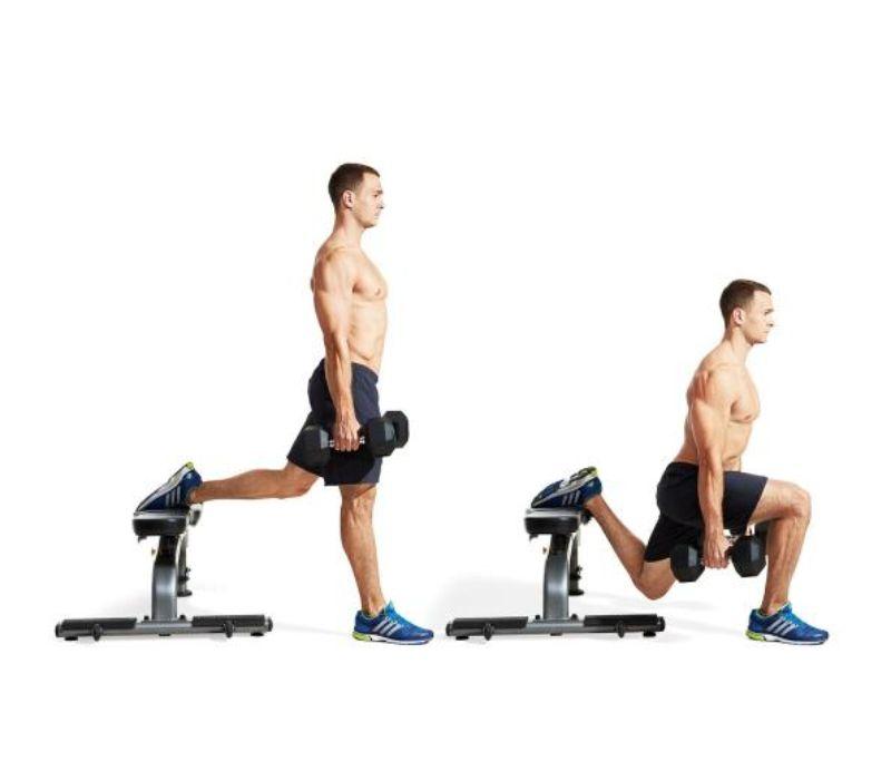 Squat 1 chân với tạ đôi giúp nâng cao khả năng thăng bằng cho cơ thể