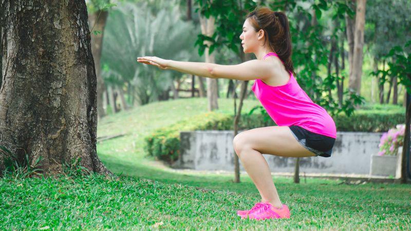 Bài tập Squat được các chuyên gia khuyến khích nên thường xuyên áp dụng
