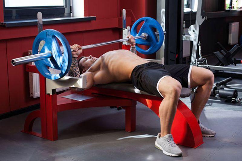 Barbell Bench Press - Tăng cơ và tăng sức mạnh