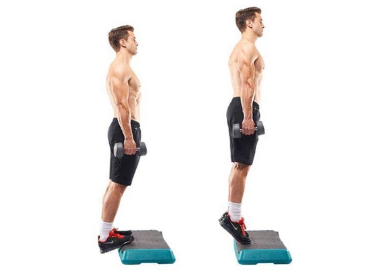 Standing Dumbbell Calf Raise là bài tập tạ giúp cơ chân trở nên rắn chắc và thon gọn hơn