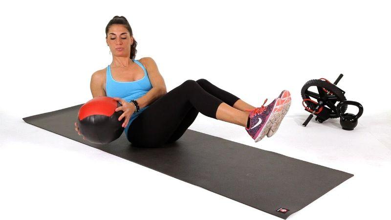 Med Ball Twist là một bài tập cơ bụng với bóng tập mang đến nhiều công dụng cho người tập