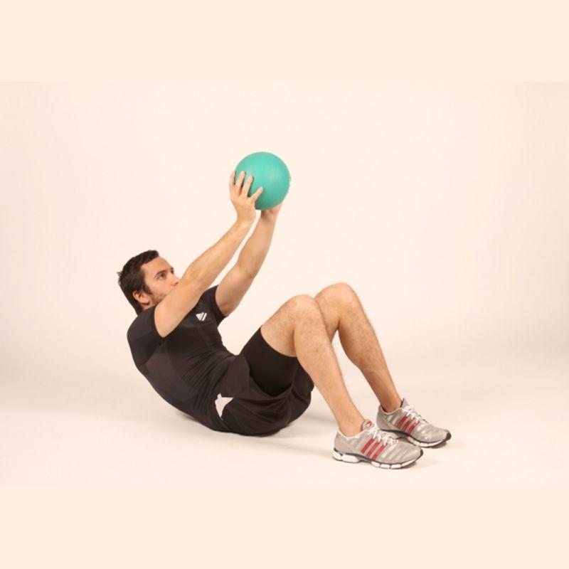 Med Ball Crunch là bài tập kết hợp với bóng Bosu