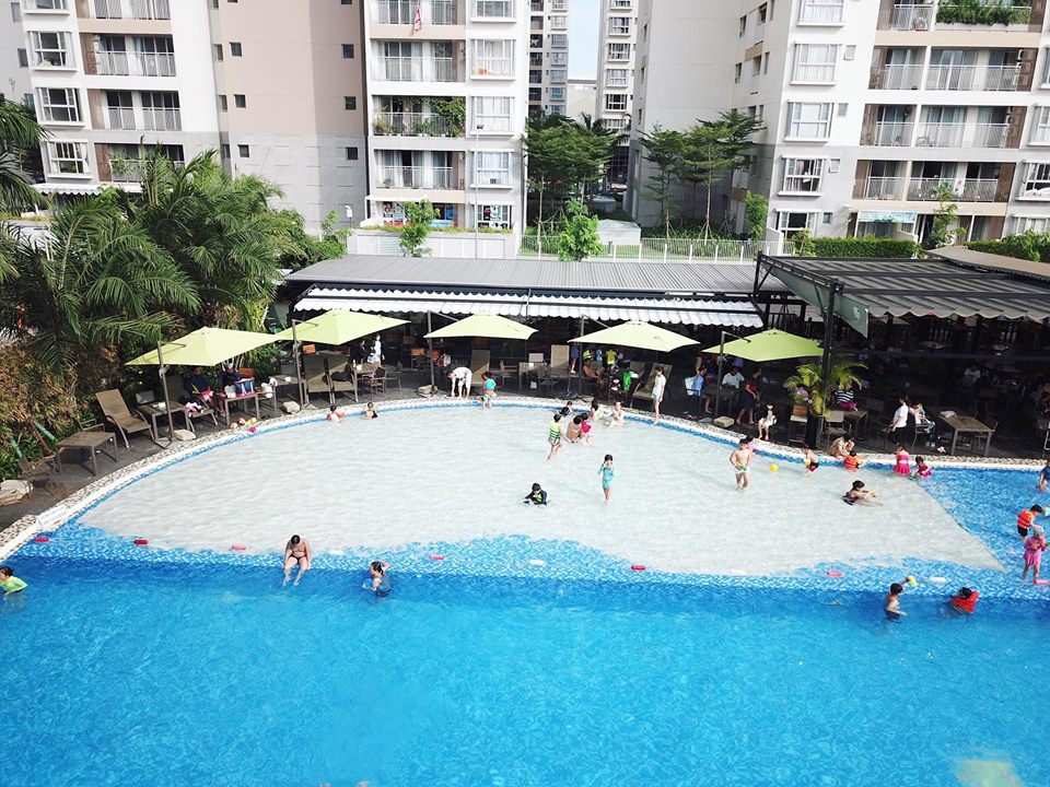 Bể bơi MAIA